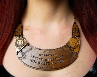 Necklace Ouija board Sun and Moon Wood / necklace Ouija Sun and moon wood