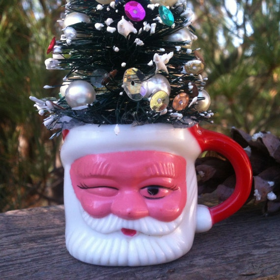 Christmas Tree Made Of Plastic Cups: Mini Winking Santa Mug Decorated Bottle Brush Tree Plastic Cup