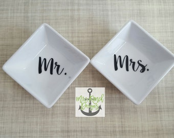 Mr. & Mrs. Ring Dish set, Wedding Gift, Engagement Gift, His and Hers Gifts