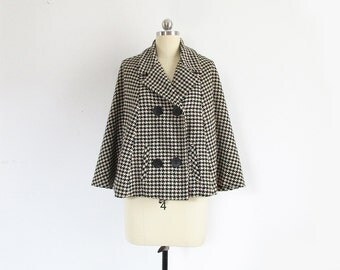 vintage houndstooth cape, 1960s wool capelet coat, black & white plaid - womens s / m / l