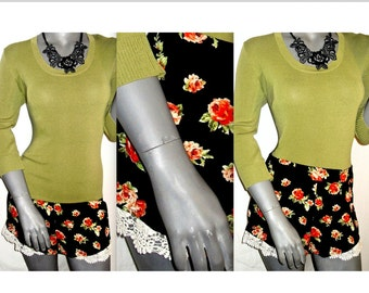 Multi Color Floral Rose Black Crochet/Lace Trim Smocked Casual Shorts M