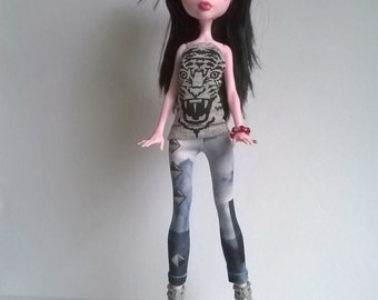 Monster high leggings in blue tones with riveting design and tiger head print top for ever after high