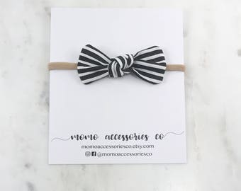 Sofia Knotted Bow/ Black Strips