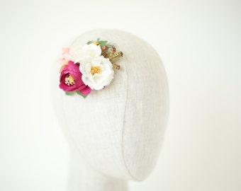 flower hair clip, floral hair clip, wedding hair clip, bridal hair flowers, pink and white flower clip, flower hair comb, flower hair piece