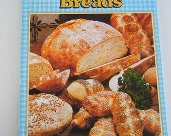 Home Cooking Library Homemade Breads cookbook 1985 Bread baking printed in Denmark