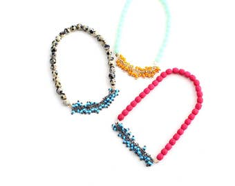 Soiree Colorful Middle -- colorblock stretchy bracelet with colored peal chain middle, minimalist, arm party, layering, gift for her