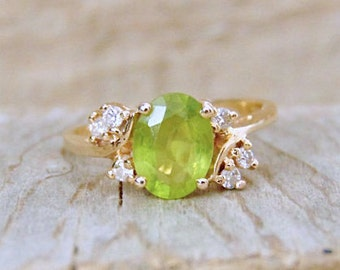 Sale! Peridot and Diamond 14K Ring, 2.00 Carats, Yellow gold, August Birhstone