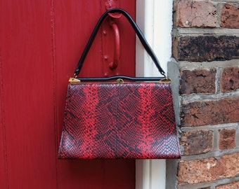 60s faux snakeskin handbag / 1960s kelly bag / vintage red and black Elbief purse