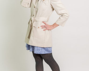 Vintage Vanilla Cream Belted Trench Coat (Size Small)