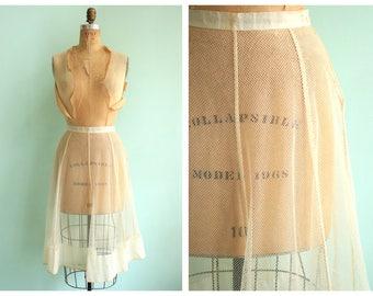 Vintage 1950's Sheer Mesh Petticoat |  Small