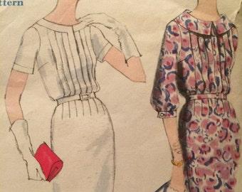 So Elegant Vogue Special Design Dress Pattern---Vogue 4979
