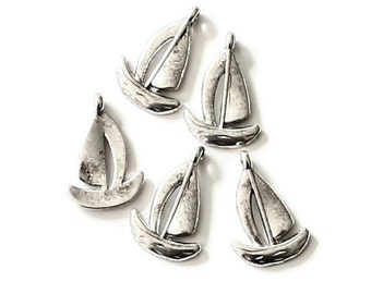 100pcs--CLEARANCE, Bulk, Boat Sail, Antique Silver, 12.5x19mm  (B20-27)