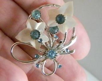 Silver Tone Floral Design Baby Sky Blue Rhinestones Pin Brooch