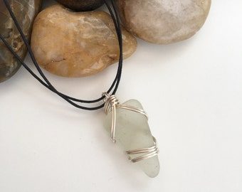 Scottish sea glass pendant, gift for her, Scotland, sea glass jewellery, wire wrapped sea glass, sister gift, girlfriend gift, ooak