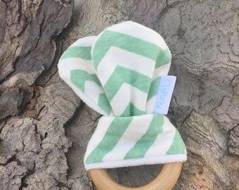 Organic Wooden Teether-Green Chevron