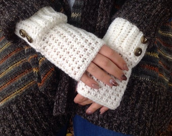 Cream crochet fingerless gloves, Wrist warmers, Women's gloves, Woolen gloves, fingerless mittens, Handmade gloves, Winter gloves, Handmade