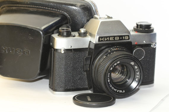 Russian Kiev-19 with Helios-81m 2/53 lens SLR film camera N874497