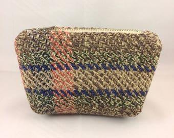small tartan purse, zipper pouch, vintage tartan, repurposed wool, coin purse, plaid zipper pouch, plaid purse, tartan bag, plaid bag
