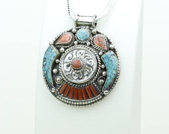 UNDER-PRICED! Coral Turquoise Inlay Native Tribal Ethnic Jewelry Tibet Tibetan Nepal OXIDIZED Silver Pendant + Chain P3921