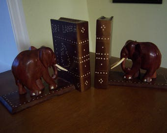 elephant bookends,hand carved,Sri Lanka,secret compartment,books,safari,library,brown and white,home decor,elephant collectors