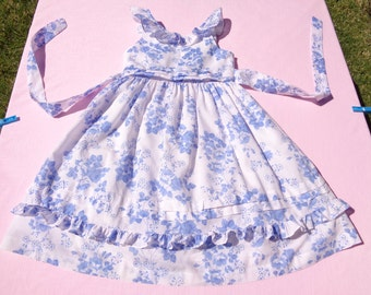 vintage rare editions girls dressy dress size 6 see measurements white with blue floral and dot design