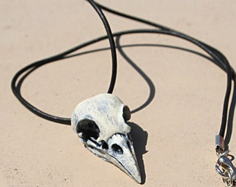 Ivory detailed resin raven/crow choker