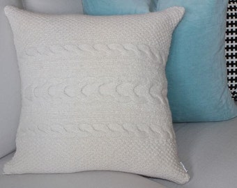 100% Sheltand Wool Cable Knit Pillow