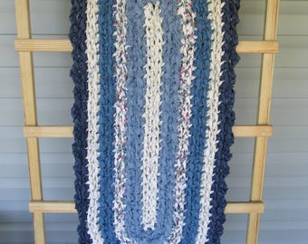Crocheted Rag Rug Blues & Cream JW11