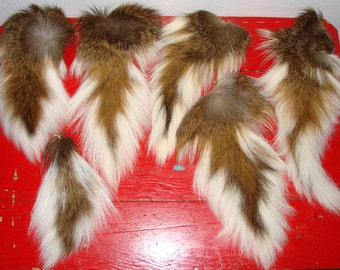 6 Deer Tails  Great Condition 10 - 16 Inches Long Great For Crafts & More
