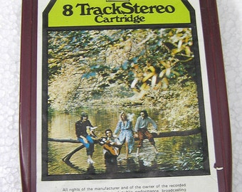 Vintage 8 / Eight Track Tape Wings Wild Live 8X-PCS 7142 World Wide Shipping
