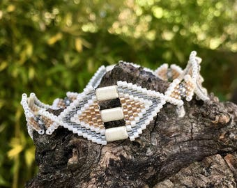 Bracelet without clasp beige and gray spirit Deco