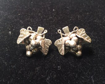 Vintage Mexico 925 sterling silver grapes earrings