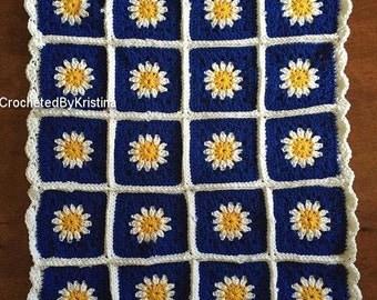 Crocheted Daisy Flower Baby Blanket