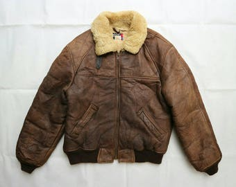 Vintage Schott B-6 Shearling sheepskin bomber jacket vintage good condition sz 40 made in USA