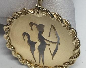 Vintage Sagittarius Zodiac Pendant, 14K Yellow Gold, Round Medallion, Zodiac  Pendant Zodiac, Sagittarius Astrological Pendant