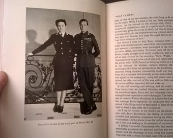 First edition books, duchess of windsor, hardback book, royal family, historical, 1950s, the heart has its reasons, London