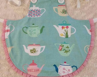 SALE! Girls apron size 4-5 years