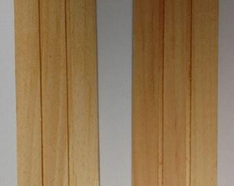 Dollhouse Miniature Shutters, Pair, Plank Look #TIM9002-2