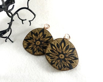 Large wood slices earrings with pyrography, tribal mandala stars