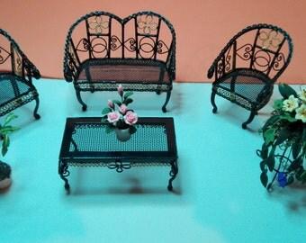 Metal garden set