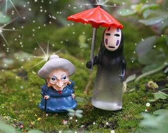 2pcs Fairy Garden Supplies Miniature Ghibli Studio Set of 2 Tiny Old Weman Non-Face Man with Umbrella Terrarium Figurines DIY Accessories