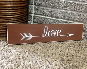Love accent arrow brown and white