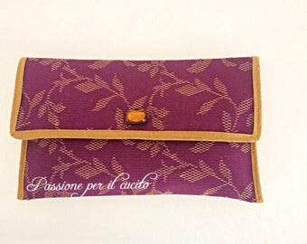 Cotton blend damask clutch