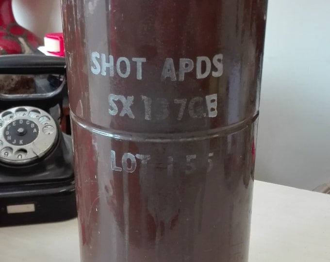 Armour-piercing discarding sabot container sx137gb