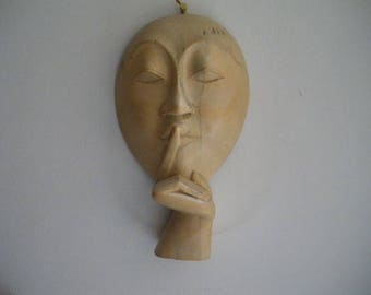 Ancienne sculpture en bois : le silence/ main en bois/ Vintage wood carving/ hand wood/
