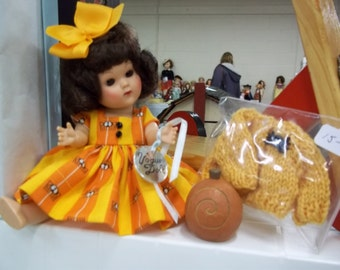 """Fall dress for 8"""" doll"""