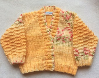 Handknitted Baby Cardigan,Baby Sweater,in golden yellow self patterning yarn,knitted baby cardigan,V Neck cardigan
