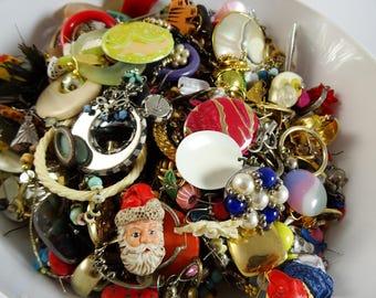 Huge Lot of 3lbs+ of SINGLE Earrings Many Vintage