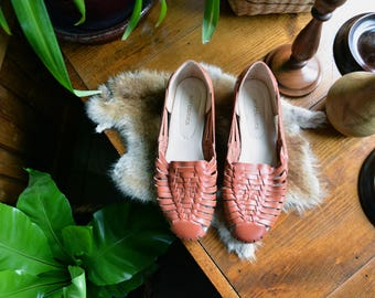 Vintage Genuine Leather Huaraches Made in Mexico | Size 8M | Boho Hipster Huaraches Brown Leather Sandals