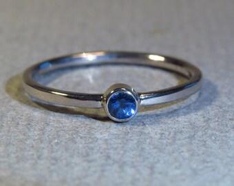SAFIRBLAU! -White Gold engagement ring 3.4